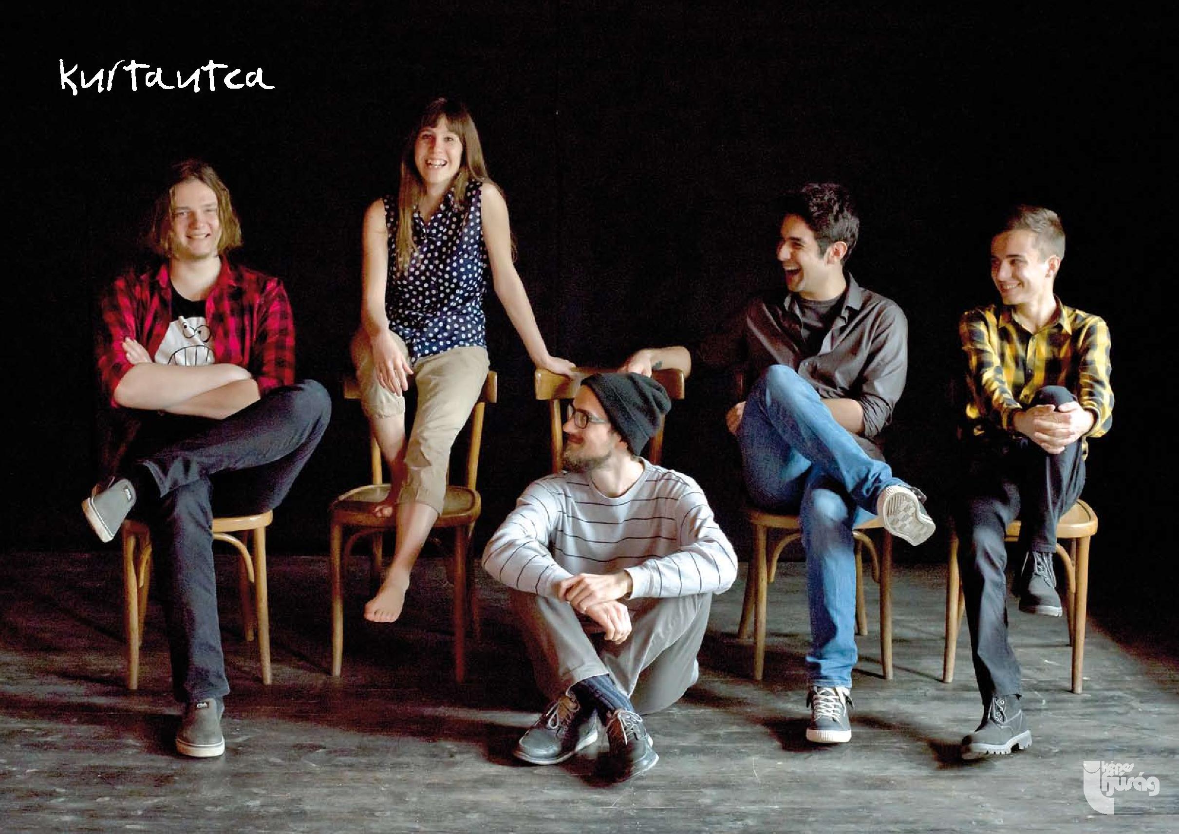 Belső borító: Roncsák Alexander fotója